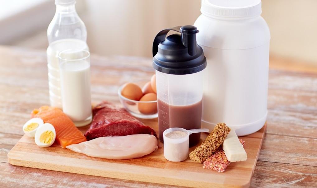 Både mat og proteinpulver er bedre enn BCAA!
