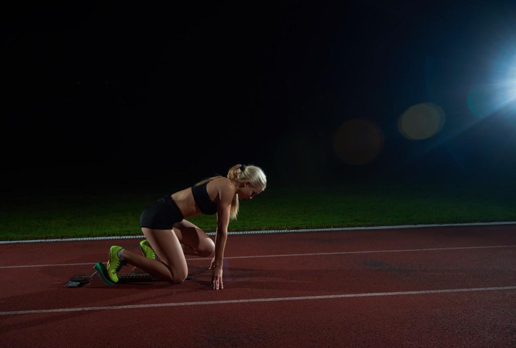 Noen styrkevendinger før 20 meter sprint økte hastigheten med 3,05 %.